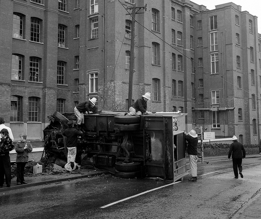 A fire engine overturned in Carson's Road in 1976