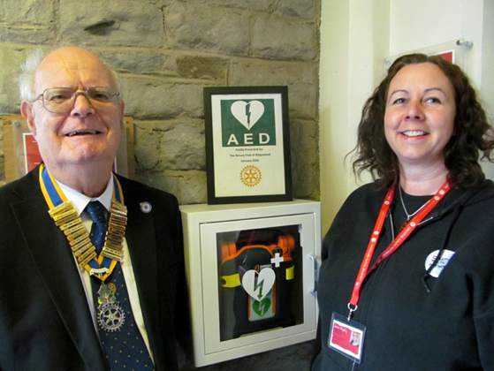 Richard Law, President of the Kingswood Rotary Club and Joanna Pengilley, Centre Manager of Creative Youth Network